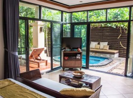 Villa in Nai Harn 1 bedroom and jacuzzi