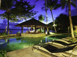 Beachfront 6 bedroom luxury villa in Kalim, Patong with direct sea views and tropical garden
