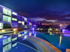 2 Bedroom Apartments with Seaview in Karon