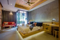 Studio in luxury condominium in Nai Harn Beach